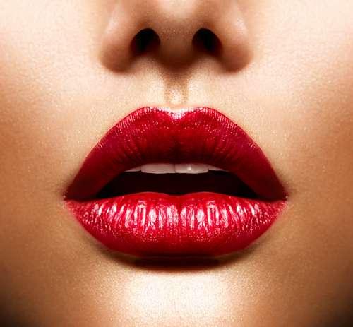 dermal-filled-natural-looking-lips